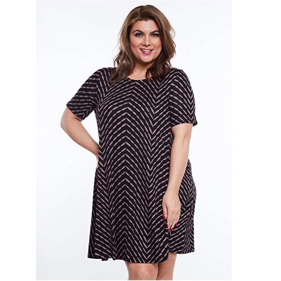 Boutique Dresses Plus Size Flattering Side Pockets Mini Dress